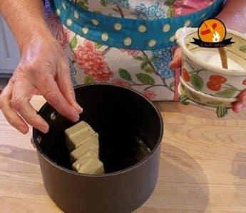 طريقة عمل الاكلير الفرنسي بالشيكولاتة والزيت بالصور How to Make Eclairs